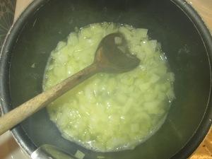 tchoutchouka recette végétalienne algérienne de poivrons et oignons